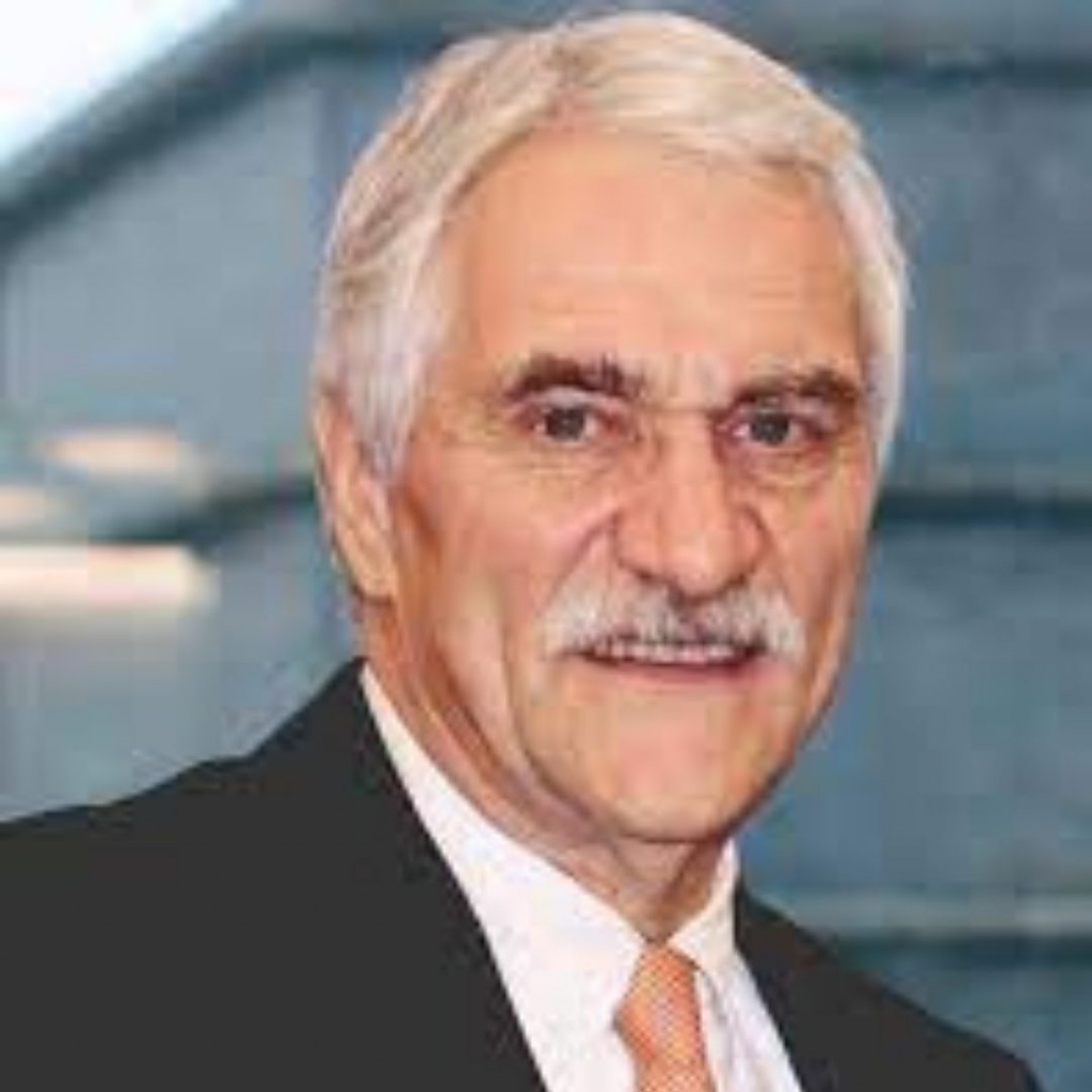 Prof. Ernst 2020 derek horton award winner